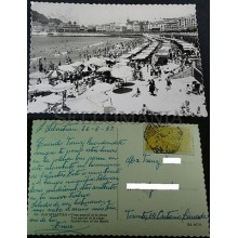 ANTIGUA POSTAL SAN SEBASTIAN 1957 VISTA PARCIAL PLAYA GUIPUZCOA POSTCARD CC03547