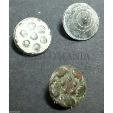 3 SMALL ANTIQUE BUTTON CENTURY XVIII OLD BOUTON BUTTON BOTON SEE MY SHOP CCB9